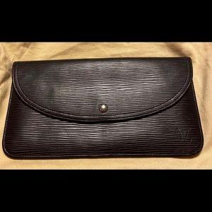 Louis Vuitton Passport holder/wallet